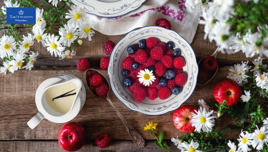 Schöne Dessertteller für den Sommertisch
